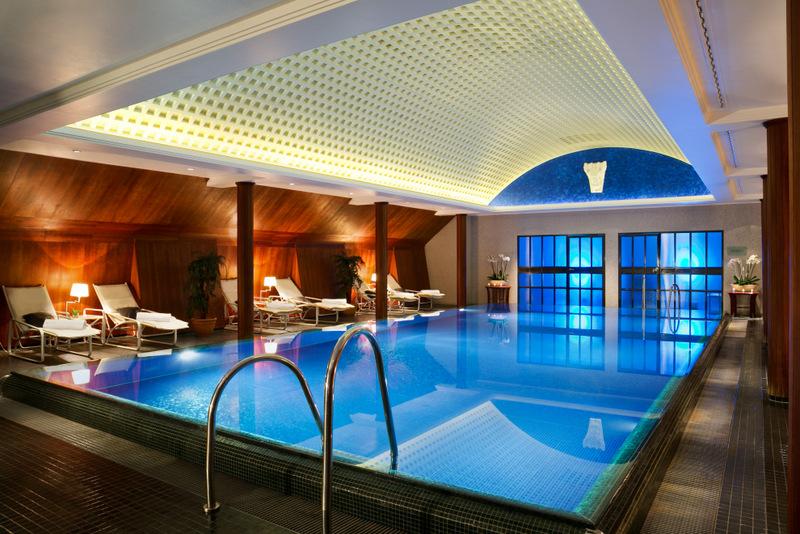 Touristeninformation dresden taschenbergpalais kempinski for Design hotel dresden