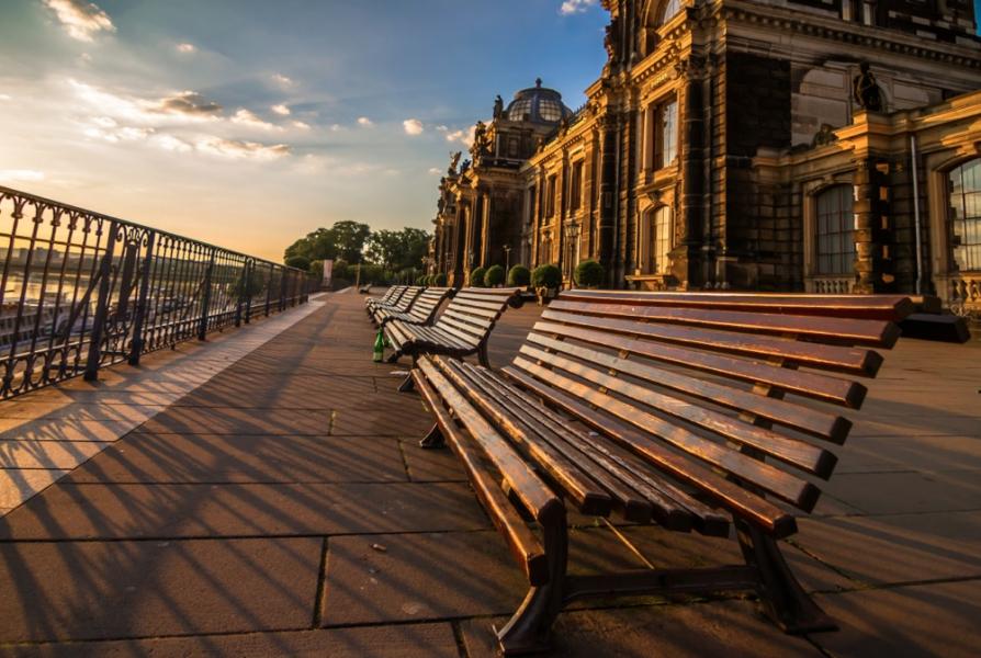 Touristeninformation Dresden Bruhlsche Terrasse